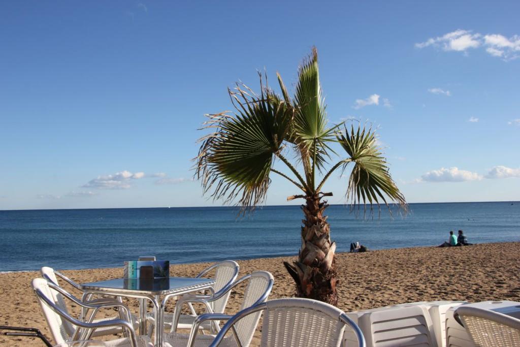 Meerblick in der Moma Beach Bar Barcelona am Strand von Barceloneta