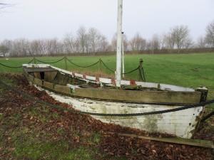 Boot vor der Jomsburg