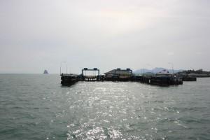 Ankunft mit dem Schiff am Donsak Pier