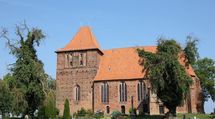 Dorfkirche Hohenkirchen in Mecklenburg-Vorpommern westlich von Wismar