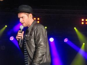 Johannes Oerding Kieler Woche Konzert auf der NDR-Bühne am Ostseekai Kiel