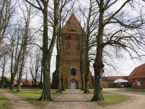 Kloster Rehna Kirchplatz