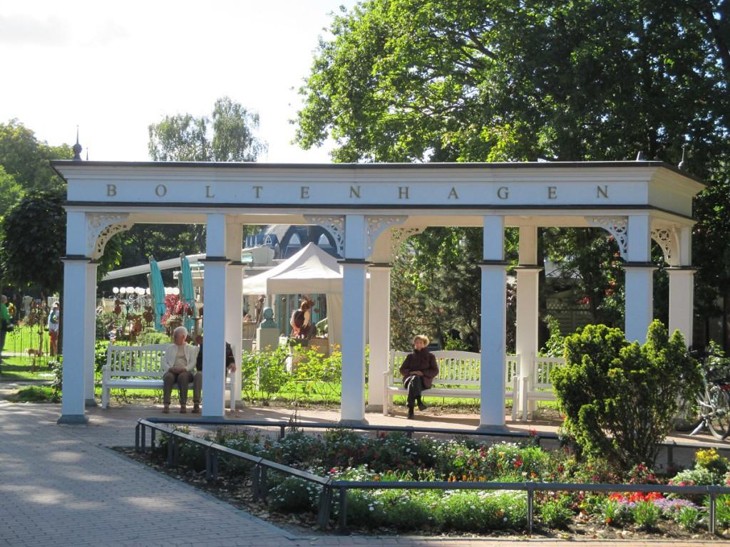 Kurpark Ostseebad Boltenhagen nahe der Seebrücke