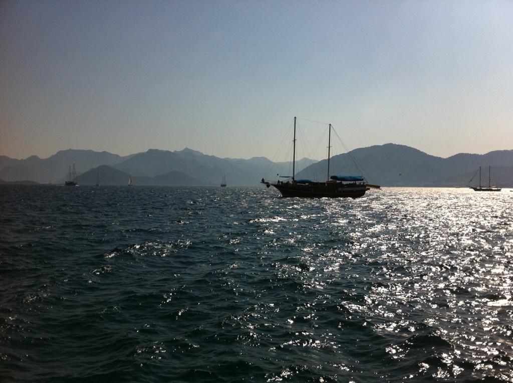 Bucht von Marmaris mit Segelschiffen