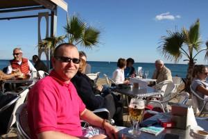 Moma Beach Bar am Strond von Barceloneta in Barcelona