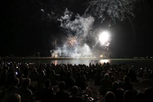 Feuerwerk Ostsee in Flammen Grömitz an der Seebrücke am 26.08.2016