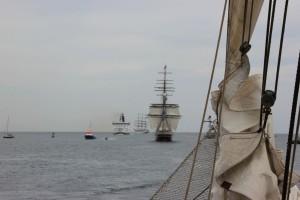 Schiffe auf der Ostsee vor Warnemünde