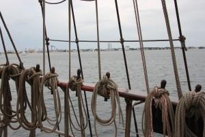 Blick vom Segelschiff Atlantis auf Warnemünde