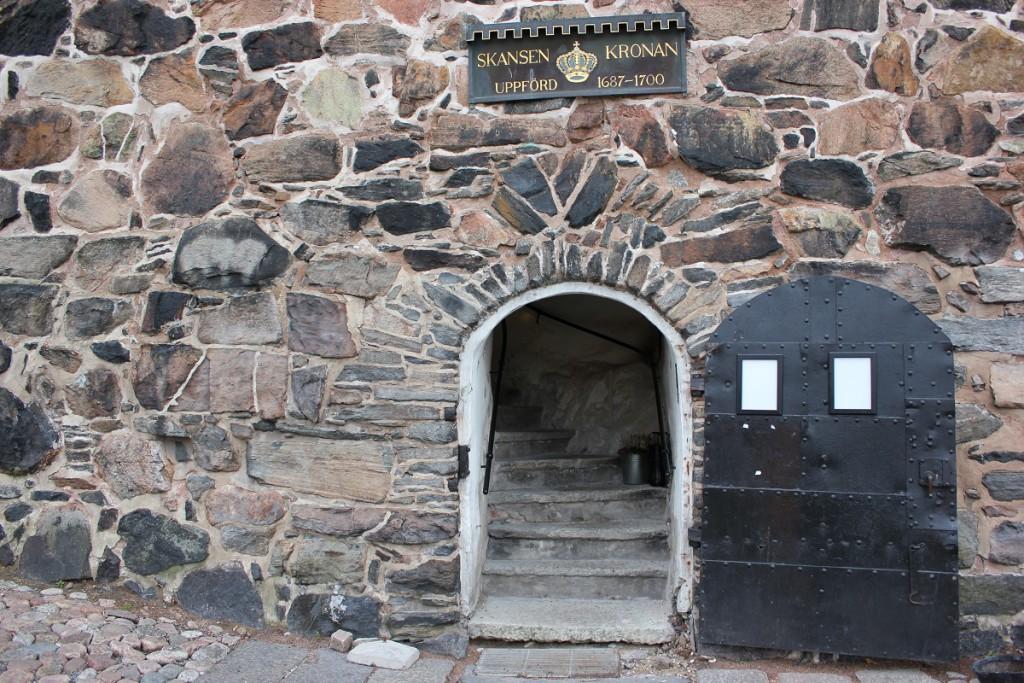 Eingang der ehemaligen Festungsanlage Skansen Kronan auf dem Risasberget in Göteborg, Schweden
