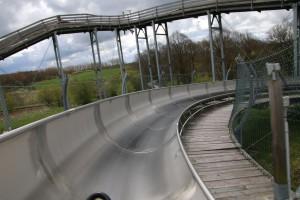Sommerrodelbahn Bad Doberan - Fahrt in der Kurve