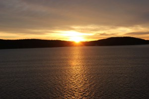 Sonnenaufgang im Oslo Fjord