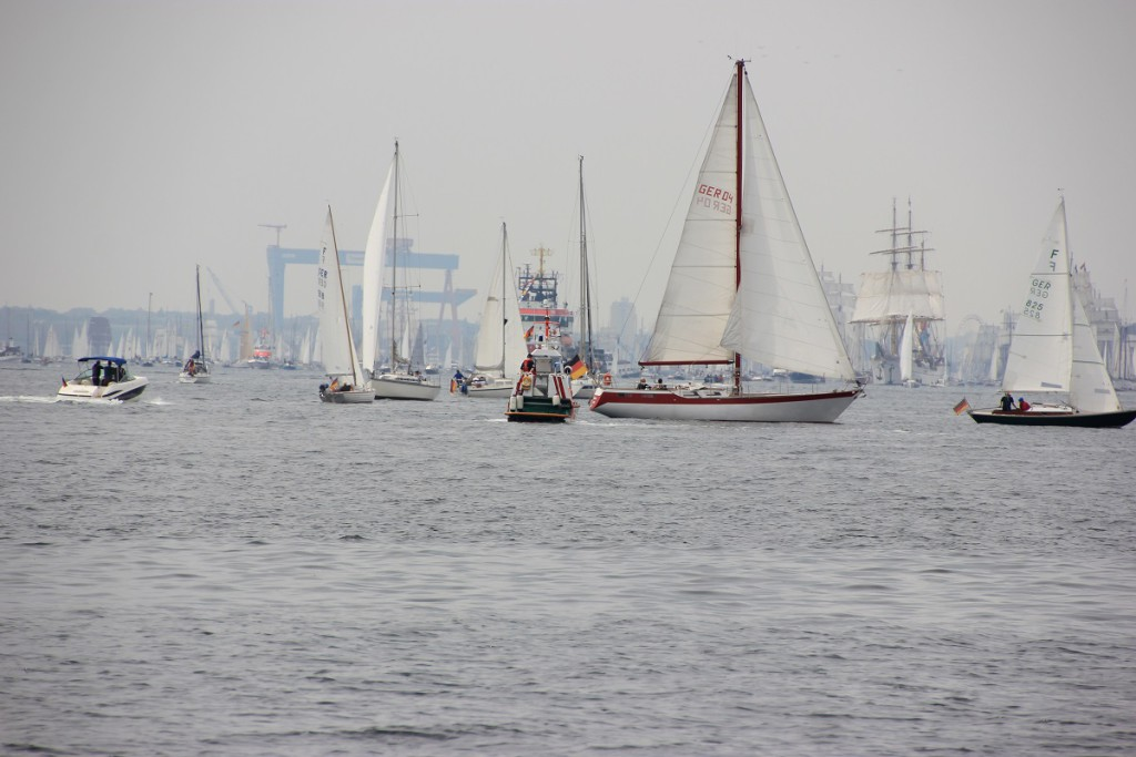 Schiffe auf der Kieler Förde, Windjammerparade 2014 zur Kieler Woche am 28.06.2014 Höhe Falkensteiner Strand