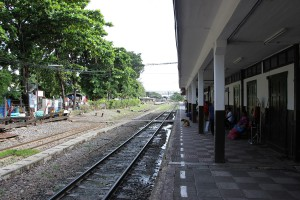 Banhnhof Bang Sue Bangkok auf dem Weg nach Lop Buri