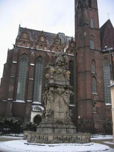 Breslauer Dom und Madonnastatue