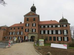 Baustelle am Eutiner Schloss vor der Landesgartenschau 2016