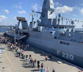 F 220 Fregatte Hamburg in Kiel Open Ship 2021