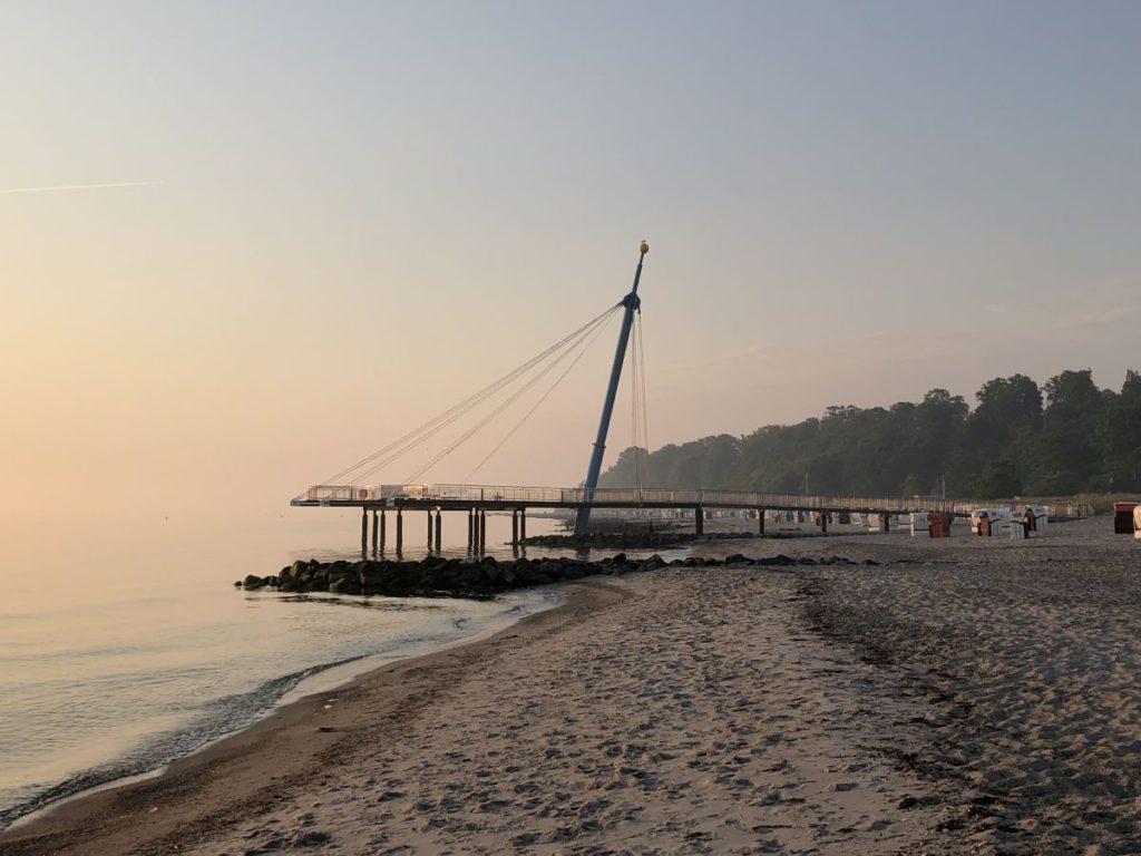 Hohwachter Flunder Seeplattform in Hohwacht an der Ostsee