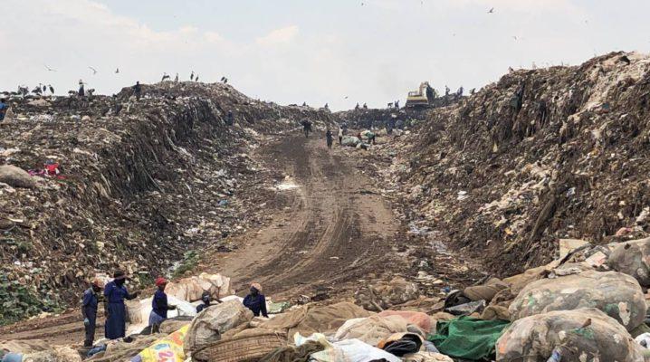 Kiteezi Mülldeponie Kampala Uganda - größte Mülldeponie Ostafrikas