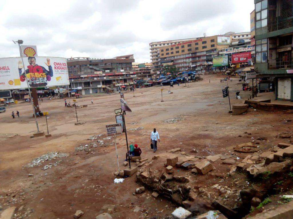 Kampala Old Taxi Park während Corona Lockdown