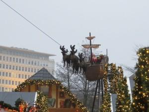 Kieler Weihnachtsdorf Luftschiff - Weihnachtsmarkt Kiel
