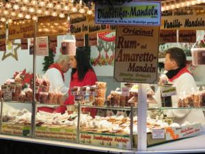 Kieler Weihnachtsmarkt gebrannte Mandeln