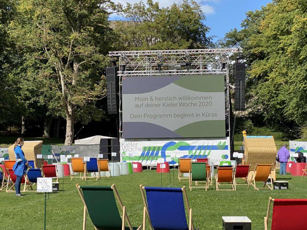 Kieler Woche 2020 Großbildleinwand im Schloßgarten