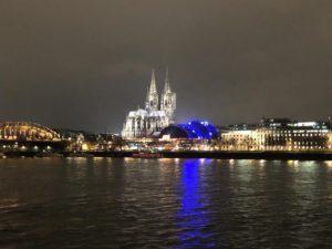 Kölner Dom & Rhein bei Nacht