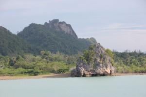 Küstenlandschaft am Donsak Pier nahe Surat Thani in Thailand