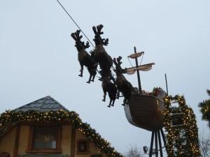 Luftschiff Kieler Weihnachtsdorf - Weihnachtsmarkt auf dem Rathausplatz Kiel