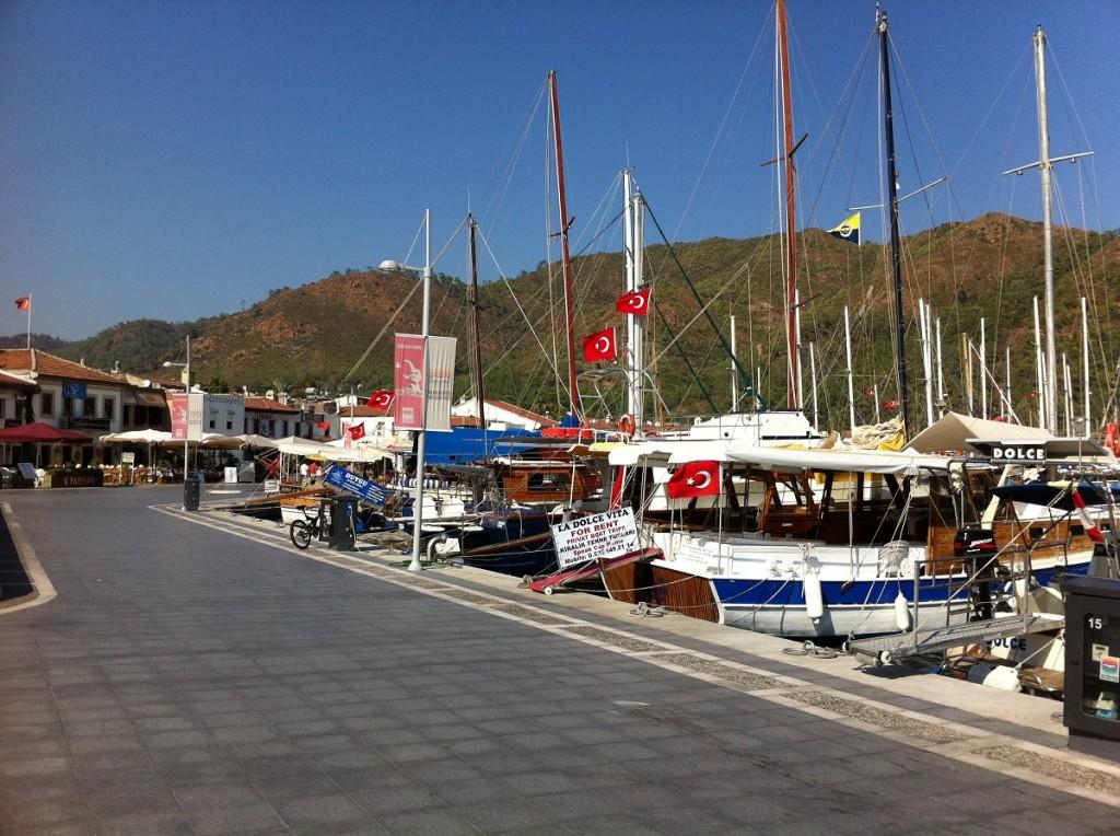 Marmaris Promenade am Yachthafen