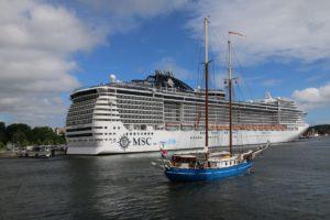 MSC Preziosa in Kiel