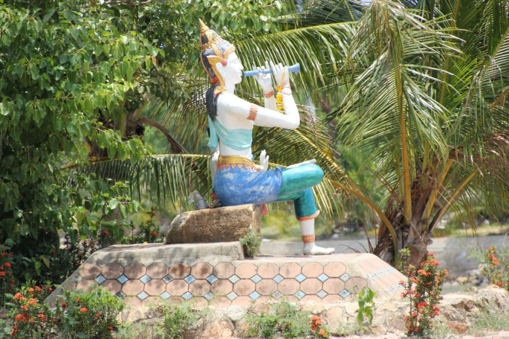 Phra Aphai Mani auf Koh Samui am Parkplatz des Big Buddha