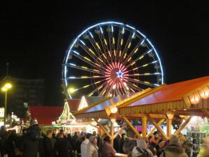 Riesenrad auf dem Rostocker Weihnachtsmarkt