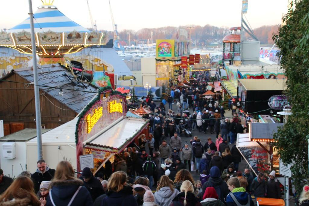Rostock Weihnachtsrummel an der Fischerbastei