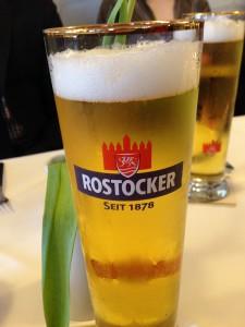 Rostocker Radler / Alsterwasser im Restaurant Wilhelmshöhe in Diedrichshagen an der Ostsee nahe Warnemünde