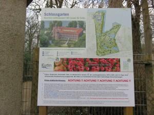 Hinweisschild Schlossgarten Eutiner Schloss Landesgartenschau 2016