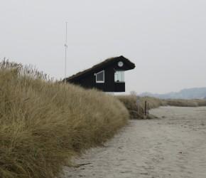 DLRG-Turm am Sehlendorfer Strand