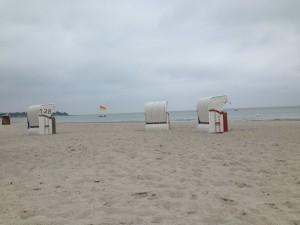 Strandkörbe am Sehlendorfer Strand an der Ostsee