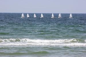 Kleine Boote in der Ostsee vor Warnemünde