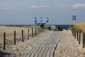 Weg zum Strand in Warnemünde