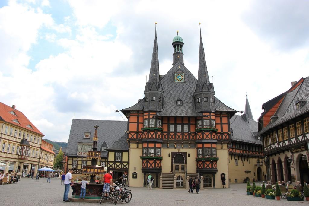 Das Rathaus Wernigerode am Marktplatz der Stadt